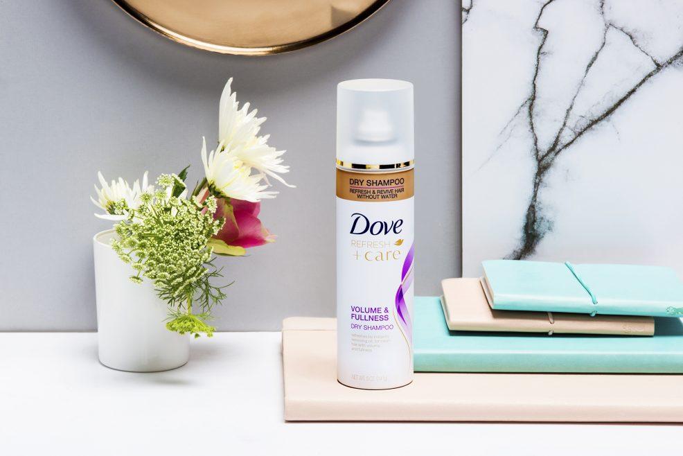 Dầu gội khô Dove Refresh + Care: Thương hiệu thân thiện của phái đẹp